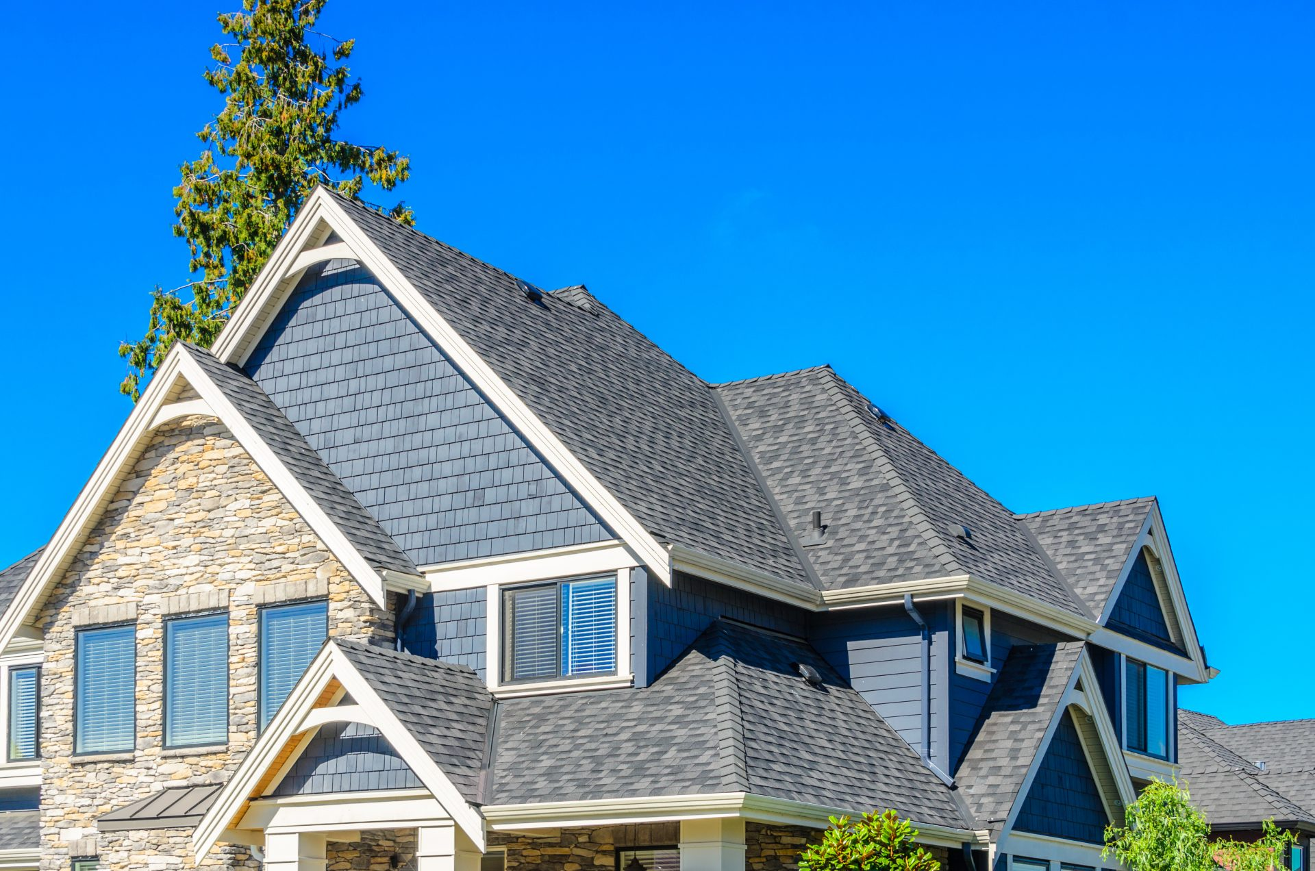 5 Ways to Maintain a Healthy Roof